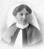 Portrait of ER Bennett, who served as a nurse in the Territorial Force Nursing Service during the war of 1914-1918