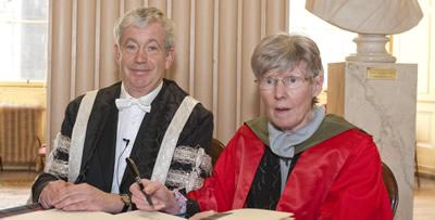 Emeritus Professor Noreen Murray and Professor Sir Timothy O'Shea.