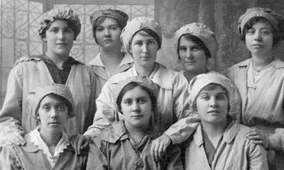 Female ward orderlies 1914-1918