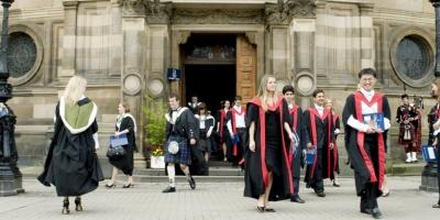 Students graduating emerging from McEwan Hall (Edinburgh Inspiring Capital - http://www.edinburgh-inspiringcapital.com)