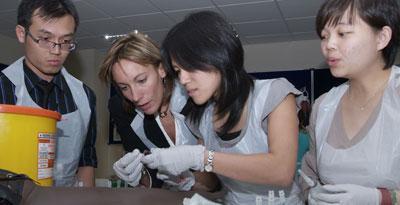 Students practising on dummy patient
