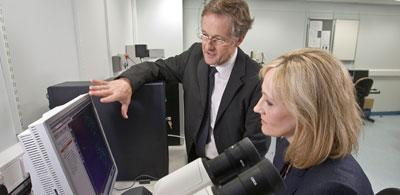 JK Rowling and Charles ffrench-Constant at the University's Centre for Multiple Sclerosis Research.