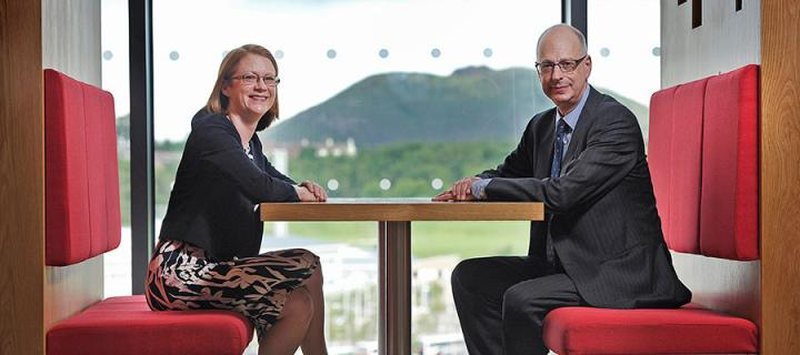 Photo of Shirley-Anne Somerville and Professor Jonathan Seckl at Edinburgh BioQuarter