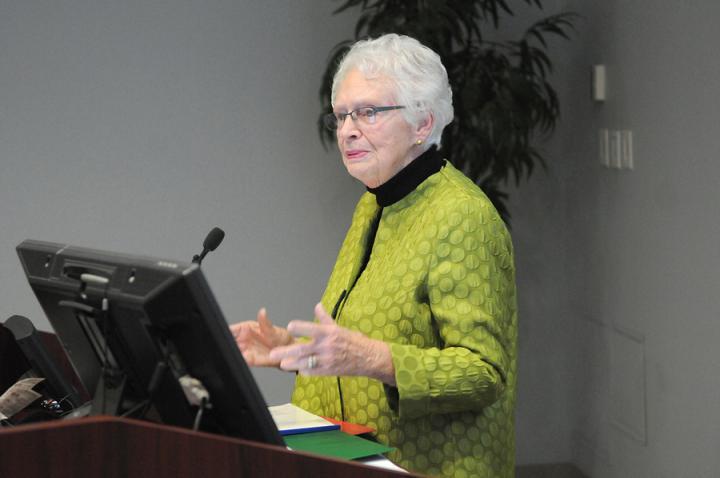 Dr Gillian Gilchrist