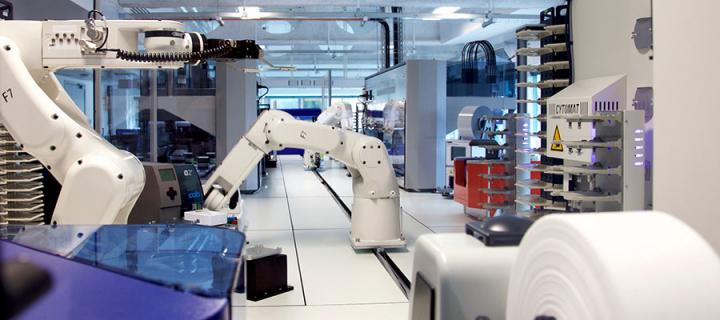 Photo of robots at the Edinburgh Genome Foundry