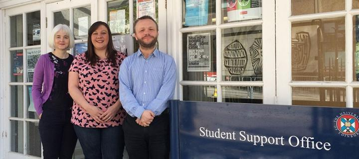 how to become a student support officer