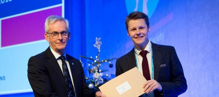 Sam Williams is presented with the BTS Medical Student Prize for 2016