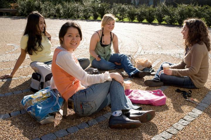 Students enjoying the rare scottish sunshine