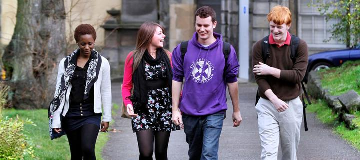 Photo of students in Greyfriars Kirkyard