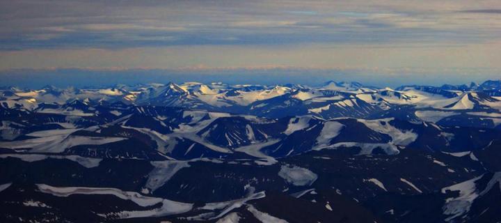 Svalbard Peaks