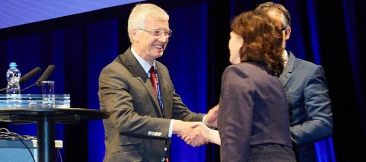 Joanna Wardlaw receives ESO Presidential Award