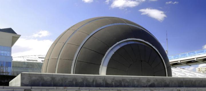 Semi-circular building