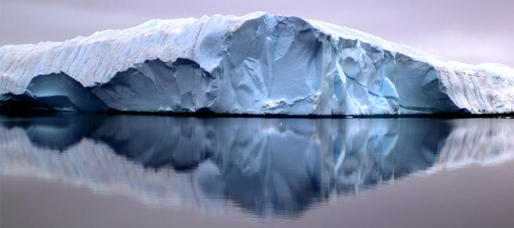 Artic expedition, glacier reflection