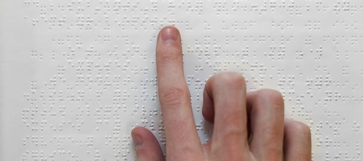 braille fingers