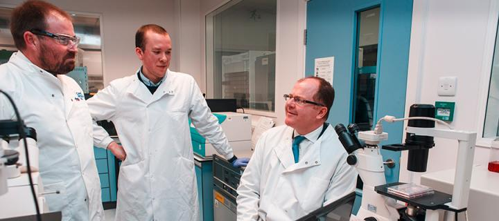 Minister launches research  drive to cut cancer drug side effects