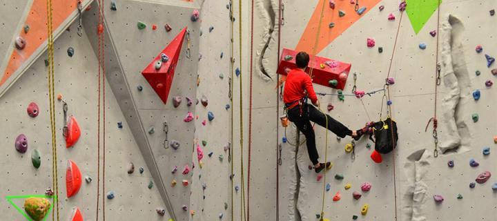 Climbing opening