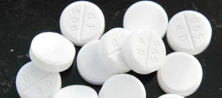 Photograph of white tablets