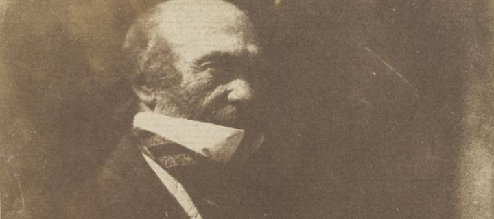 Dr Robert Knox