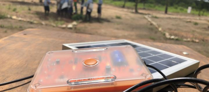 Sustainable solar lamp wins global design award