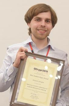 Alexandru Gheorghiu with his certificate for Best Student Paper at QCrypt 2015