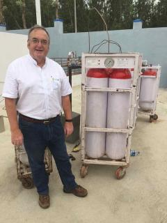 Kevin Houston with Carbonlites cylinders